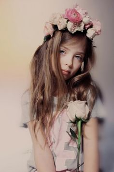 Wildfox Kids fall/winter 2014 collection for kids fashion, sweet romantic look