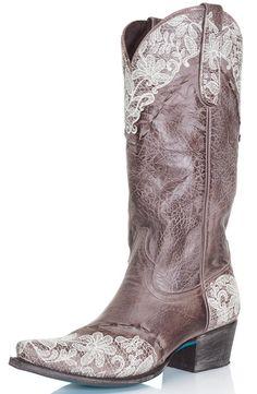 Lane Women's Cowboy Boots - Jani Lace $347.00 Item #: 599-WES-LB0168C Lane Boots Style #: LB0168C. Como se veria mi bb en una de estas??