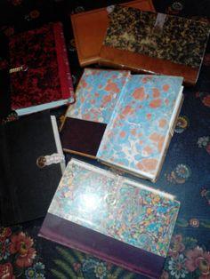 Livres anciens nettoyés, recollés, cirés qui sont les faire-parts !
