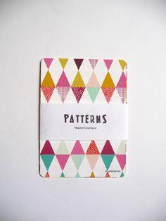 cartes des motifs géométriques colorés, triangles, losanges : Cartes par mademoiselleyo