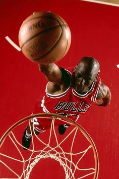 Michael Jordan Poster On Silk - Soie Affiche - Poster Michael Jordan, Michael Jordan Pictures, Michael Jordan Chicago Bulls, Michael Jordan Basketball, Jordan 23, Custom Basketball, Nba Basketball, Baskets, Nba Wallpapers