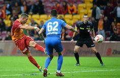 Lukas Podolski #Poldi #AHA #Aslan #Galatasaray #hattrick Lukas Podolski, Sumo, Wrestling, Running, Sports, Lucha Libre, Hs Sports, Sport