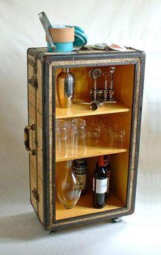 decorar con maletas y reciclar como mueble bar
