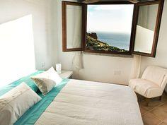 Iglesias, Maison de vacances avec 2 chambres pour 4 personnes. Réservez la location 6437919 avec Abritel. Charmante maison avec une vue à couper le souffle LAST MIN 31 MAY- 11 JUNE