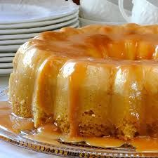 tried one for the time this weekend with butter pecan cake.it was the only flan cake I have ever loved.almost tasted like pancakes, with a mild sweetness. Just Desserts, Delicious Desserts, Yummy Food, Carmel Desserts, Cannoli, Flan Cake, Tiramisu Cake, Cake Recipes, Dessert Recipes