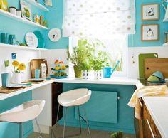 Cucina piccola e colori allegri - La scelta del colore sarà fondamentale per rendere più bella e accogliente la vostra cucina