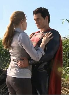 Amy Adams and Henry Cavill as Lois and Clark/Superman in Man of Steel