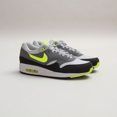 official photos eb87f cf36f Nike Air Max 1 Essential (Dusty Grey Volt-Cool Grey)