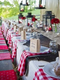 Texas, rustic wedding ideas - Red Western Style and Favors for Country Wedding Wedding Centerpieces, Wedding Decorations, Wedding Favors, Italian Party Decorations, Western Table Decorations, Picnic Centerpieces, Bbq Decorations, Party Favors, Party Gifts