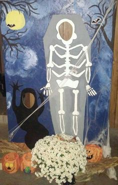Halloween stand up cut out I made for our party!!!!