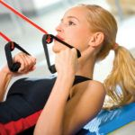 5 Exercises to Burn Fat with Resistance Bands - This workout is a great way to burn fat and tone at the same time. If your goal is to build muscle and gain definition just up the resistance. For optimal results perform this workout 3 x's weekly. Body Fitness, Fitness Tips, Fitness Motivation, Health Fitness, Health Club, Women's Health, Psoas Release, Band Workouts, Exercise Bands