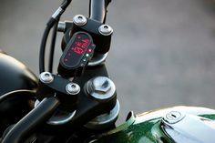 Custom 1978 Yamaha XS400 MotoGadget Digital Speedo