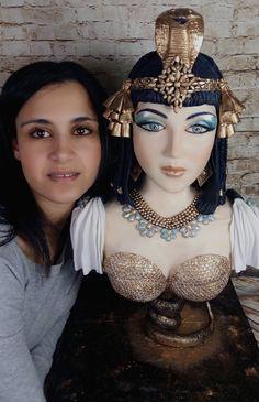 Cleopatra Cake Bust