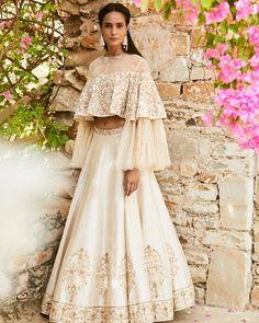 Looking for Bridal Lehenga for your wedding ? Dulhaniyaa curated the list of Best Bridal Wear Store with variety of Bridal Lehenga with their prices New Lehenga, Lehenga Style, Bridal Lehenga, Lehenga White, Indian Lehenga, Anarkali, Churidar, Salwar Kameez, Lengha Choli