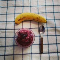 blueberry icecream and banana