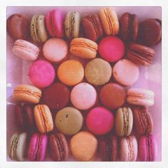 This is how much I #heart #macarons (for my birthday #picnic)