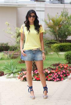 look short jeans camiseta colorida renda espadrille fashion estilo moda borboletas na carteira-4