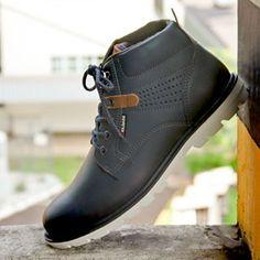 Kildare Calçados (@_kildare) • Fotos e vídeos do Instagram Mode Masculine, Timberland Boots, Luigi, Designer Shoes, Oxford Shoes, Dress Shoes, Lace Up, Mens Fashion, Adidas
