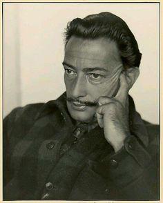 Dali 1935