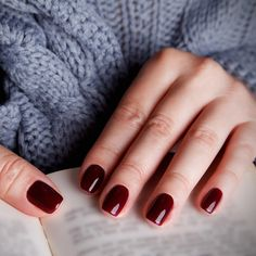 10 Health Warnings That Show Up on Your Nails
