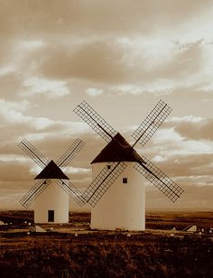 Castilla la Mancha, España The Places Youll Go, Places To See, Atelier Architecture, Wonderful Places, Beautiful Places, Dom Quixote, Monuments, Places In Spain, Balearic Islands