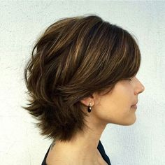 Short Layered Hair Cut Model for Thick Hair Hair - Girl Power Pack Short Layered Haircuts, Short Hairstyles For Thick Hair, Short Hair With Layers, Pixie Haircuts, Short Thick Wavy Hair, Simple Hairstyles, Short Bobs, Long Hair, Layered Short Hair