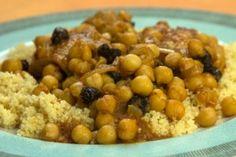 Ταζιν κοτοπουλου με ρεβιθια σε κουσκους Chana Masala, Spaghetti, Food And Drink, Chicken, Vegetables, Cooking, Ethnic Recipes, Baking Center, Veggies