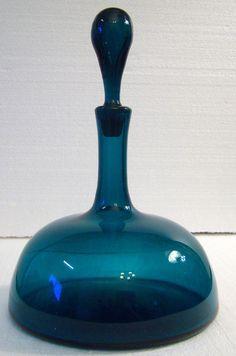 deep blue decanter, good for lighter colored spirits