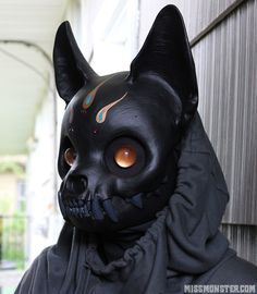 60 Best Skull Masks Ideas and Tutorial How To Make One - Halloween Ideen - Cat Skull, Skull Mask, Kitsune Maske, Character Inspiration, Character Art, Oni Mask, Sculptures Céramiques, Masks Art, Fursuit