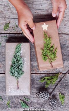 Are you ready for the 40 best DIY gift wrapping ideas for Christmas? Here you are. - DIY: Weihnachten - Christmas tree tinker for Christmas – DIY gifts - Easy Diy Christmas Gifts, Noel Christmas, Christmas Gift Wrapping, Xmas Gifts, Holiday Crafts, Christmas Ideas, Wrapping Gifts, Cute Gift Wrapping Ideas, Brown Paper Wrapping