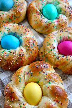 #SensationalSides #WhenWeBake Italian Easter Egg Bread!