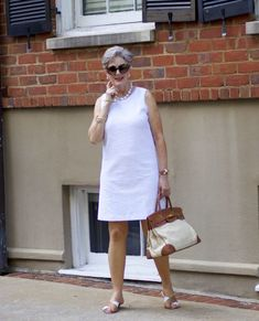 Best Fashion Tips For Women Over 60 - Fashion Trends Over 60 Fashion, Over 50 Womens Fashion, Fashion Over 50, Fashion Tips For Women, Stylish Outfits For Women Over 50, Clothes For Women, Cool Outfits, Fashion Outfits, African Fashion Dresses