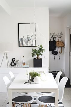 White and black dining