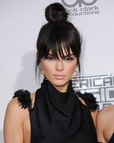30 Kendall Jenner Hair Looks Wir lieben - Kendall Jenner Haircut Ideen Hair A, Her Hair, Kendall Jenner Haircut, Bouncy Curls, Sleek Ponytail, Celebrity Beauty, Mi Long, Bob Hairstyles, American Hairstyles