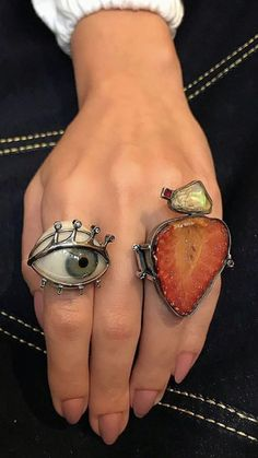 I don't know what I'm looking at but I love it Accesories - Accesories jewelry - Acc Unique Jewelry, Jewelry Accessories, Fashion Accessories, Jewelry Design, Rustic Jewelry, Copper Jewelry, Piercings, Ring Verlobung, Schmuck Design