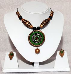 Green Spiral Pendant Terracott Necklace Set