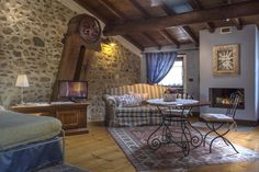 Would you like to spend a romantic night in an old mill dating back to 1400 on the river Mincio? Until Nov. 30th, 2016 you can do it at a special price of €160,00 at Il Borghetto