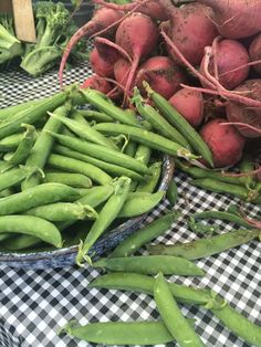English sugar snap peas. So yummy raw! From Jimenez farms.