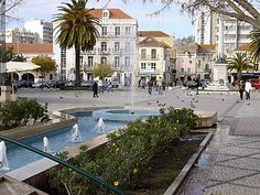 SETUBAL-PRACA-DO-BOCAGE.jpg (500×375)