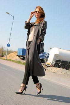Shop this look on Kaleidoscope (coat, pumps) http://kalei.do/Wn2CWJh32x3GUE5s