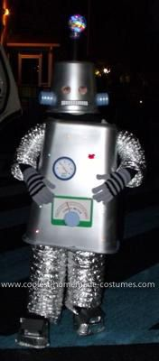 coolest light up robot costume mad scientist costumehalloween decorationshalloween partyhalloween ideashalloween costumesdiy - Cool Halloween Decorations You Can Make