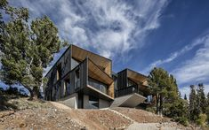 """The Kinii"" Ski Lodge - Picture gallery External Insulation, Open Staircase, Environmental Design, Cool Landscapes, Countries Of The World, Minimalist Home, Interior Architecture, Interior Design, Lodges"