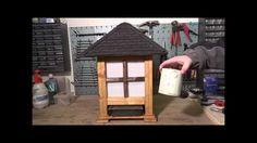 Das Fischfutterhäuschen ist nun fertig. In diesem Video seht ihr noch ein paar Gedanken zur Eindeckung des Daches und ein paar Worte zum Thema Lackieren! Im ...