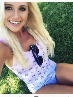 40 Tomi Lauren Ideas Tomi Lauren Tomi Tomi Lahren On thursday, social media was abuzz with the potential coupling between the fox nation host, 28, and the former chicago bears. tomi lauren tomi tomi lahren