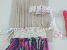 自作織り機で簡単♡オシャレな冬インテリア「ウィービング」をDIY - Locari(ロカリ)