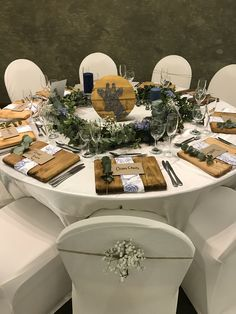 Round wreath garlands are beautiful on round tables. Designed by Bliss Floral Creations Round Tables, Garlands, Personalized Wedding, Bliss, Floral Design, Table Settings, Wreaths, Table Decorations, Beautiful