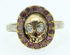 A Magnificent Georgian Skull Memento Mori & Ruby Ring Dated 1767 Momento Mori, Antique Rings, Antique Jewelry, Vintage Jewelry, Garra, Eye Jewelry, Skull Jewelry, Jewelry Watches, Memento Mori Art
