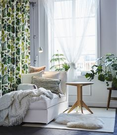 A white room with a white chaise, side table and large window is decorated with plants and lots of white and green textiles. Dining Room Curtains, Ikea Curtains, Curtains With Blinds, Interior Design Living Room, Living Room Decor, Ikea Home, House Inside, Apartment Living, Cozy Apartment
