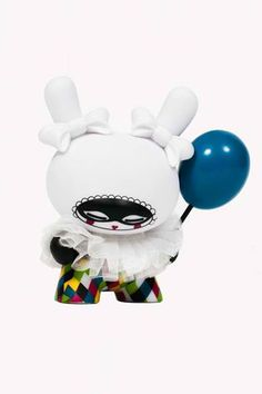 Kidrobot has announced a new tall Dunny. The Arlequine Dunny by Koralie will be released on Thursday April … Clown Balloons, Blue Balloons, Toy Art, Vinyl Toys, Vinyl Art, Character Concept, Character Design, 3d Character, Robots For Kids