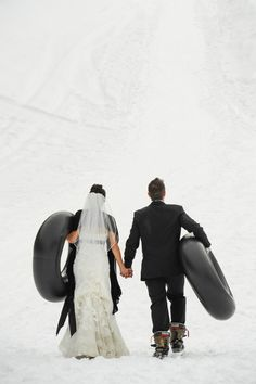 Playful and fun idea for a winter wedding!